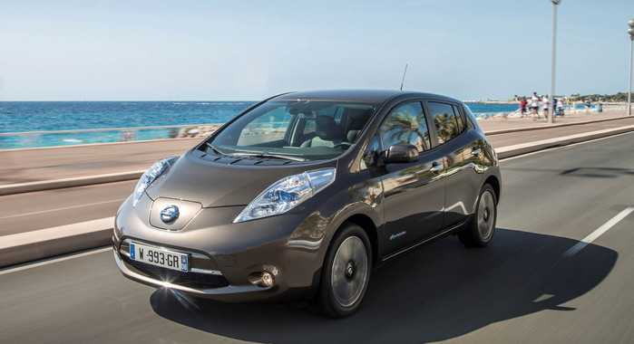 Nissan 2016 Leaf Powered by a 30kWh Delivers a Solid 250km Range on Full Charge