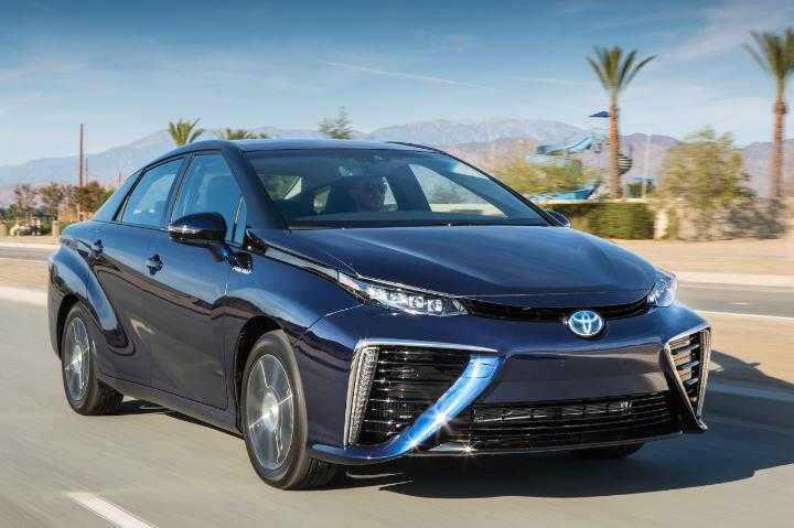 Toyota Mirai Unveiled In Frankfurt: A New Hydrogen-Powered Sedan