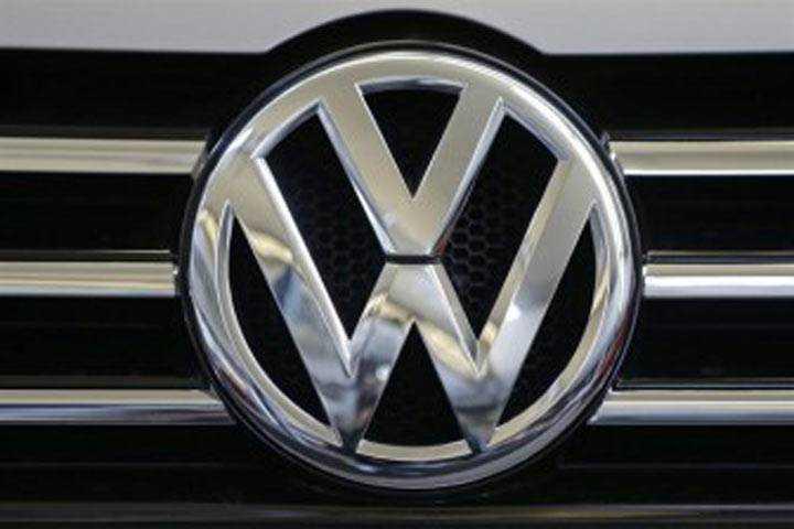 Volkswagen Suspends Sale of Golf, Passat, Jetta and Beetle Diesel Variants Amid Controversy