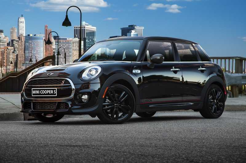 John Cooper Work's Tuning Kit Pushes Mini Cooper S Carbon Edition to 208HP