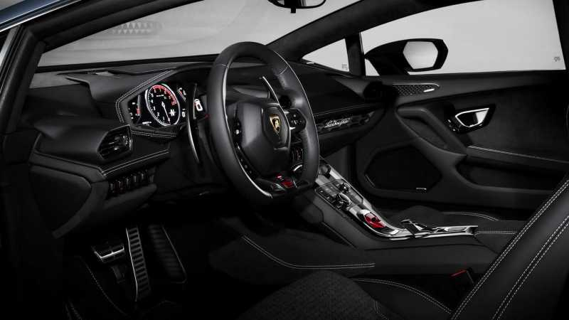 Lamborghini-Huracan-Avio-Interior