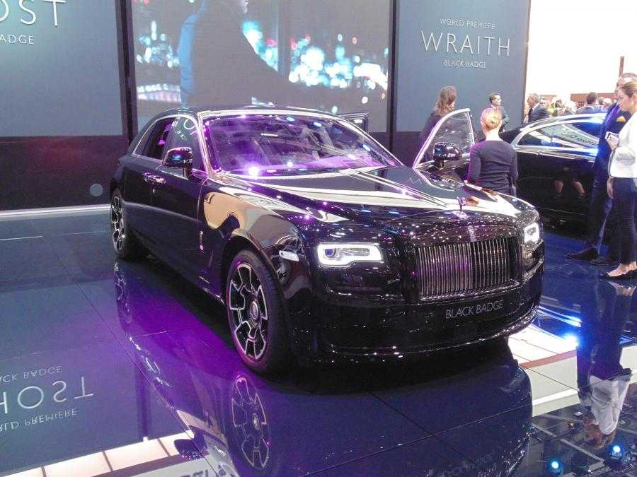 Rolls Royce Brings Black Edition to Ghost and Wraith Models