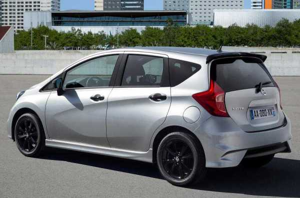 Nissan Note Black Edition rear