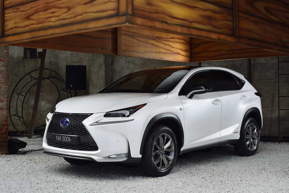 Lexus NX 300h Sport and RX Cars Get Updated