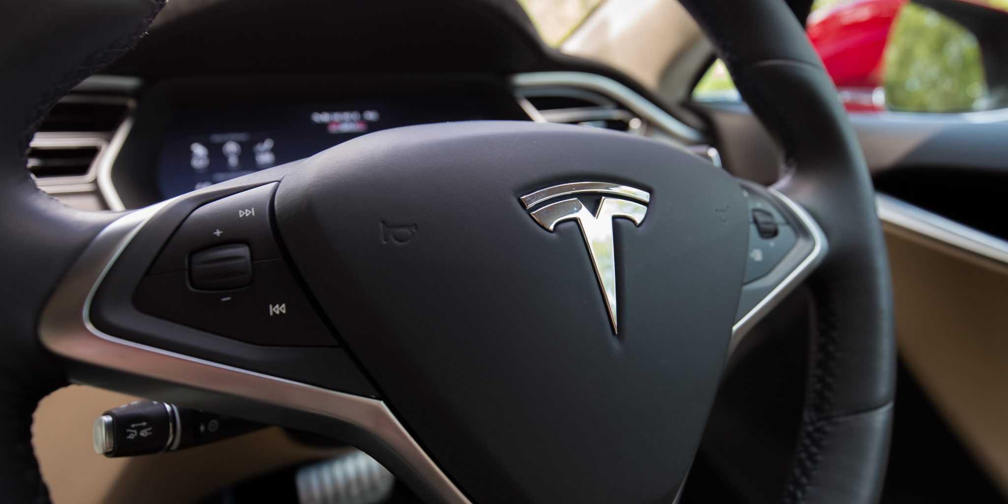 Tesla Video Reveals How Autopilot 2.0 Works and Autonomous Cars Sees the World