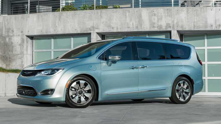 2017 chrysler pacifica All-Electric