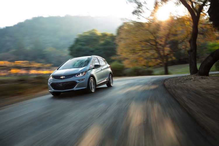 2017 Chevrolet Bolt Electric Car – Test Drive and Quick Review