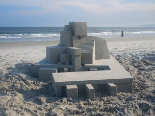 Mind-blowing-Geometric-Sandcastles-by-Calvin-Seibert-1