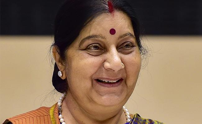 Whatsapp Status and Tweet on Sushma Swaraj