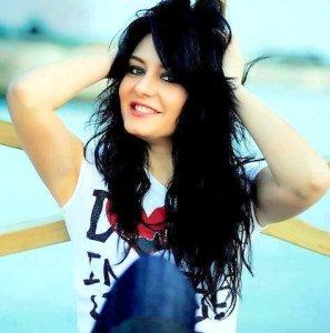 attitude shayari girl pic