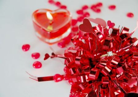 love-candle-ribbon