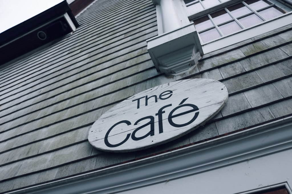 THE CAFE AT MIDDLEBURY CONSIGNMENT