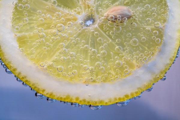Equilibre acido-basique et déminéralisation
