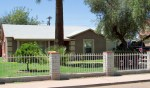 2862 N Greenfield Rd, Phoenix AZ 85006 - Fenced and shaded front yard