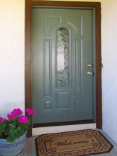 Attractive front door with 'vine and flowers' inset - 783 W Park Ave, Chandler Arizona - Welcoming front entrance - Bill Salvatore, Arizona Elite Properties 602-999-0952 - Arizona Real Estate