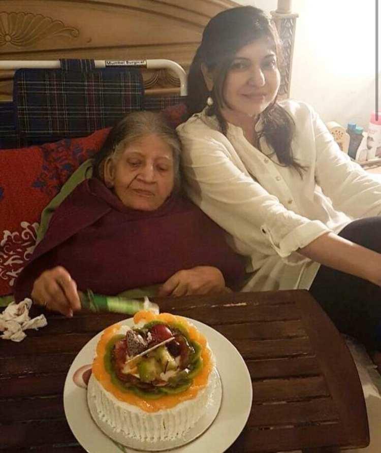 Alka Yagnik with Late Subha Yagnik