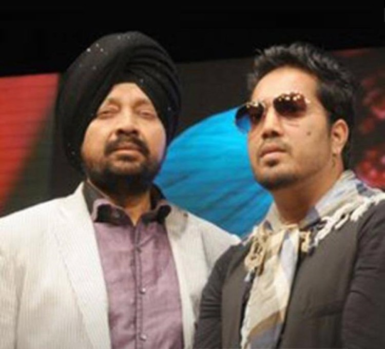 Mika singh with his brother Late Shamsher Mehandi