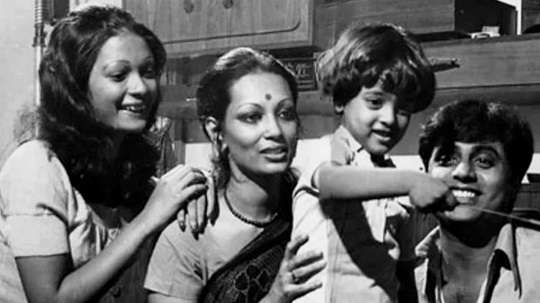 Jagjit Singh with his wife son and step daughter Monica Chowdhry