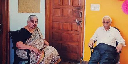 RJNeelesh Mishra with parents Shiva Balak Misra and Nirmala Misra