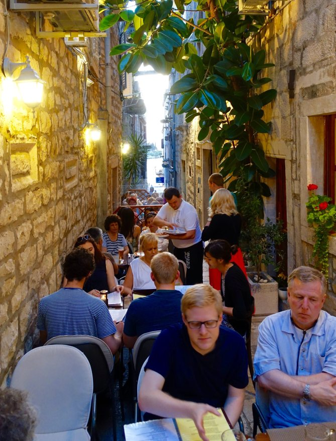Korčula Amfora pizza restaurant
