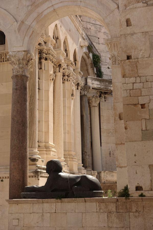 Split Sphinx