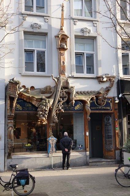 Antwerp Kloosterstraat store