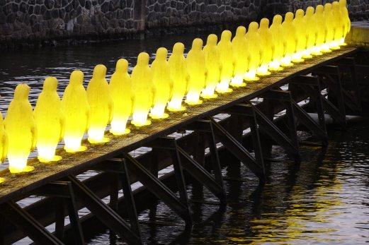 Prague penguins angle