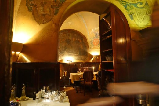 Prague U Malírù side dining room