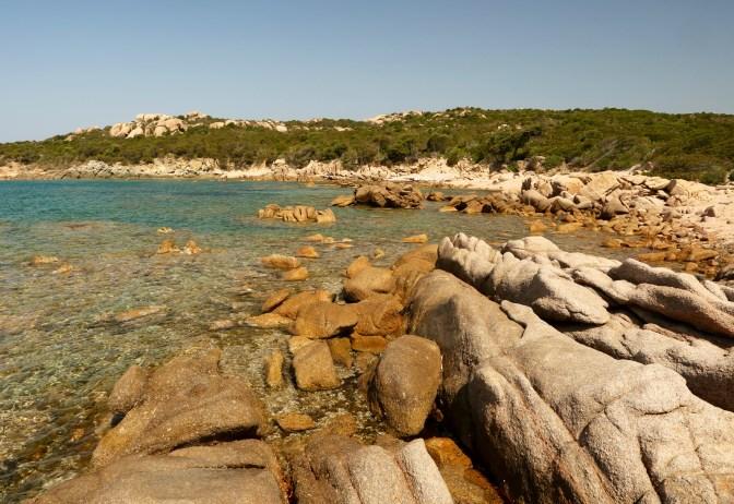 Golfe de Murtoli shore