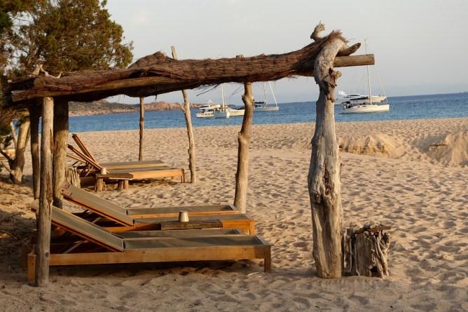 Domaine de Murtoli beach shade