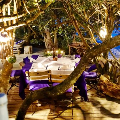 La Table de la Plage Murtoli table under tree