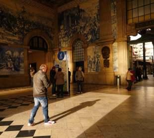 San Benito train station shadows