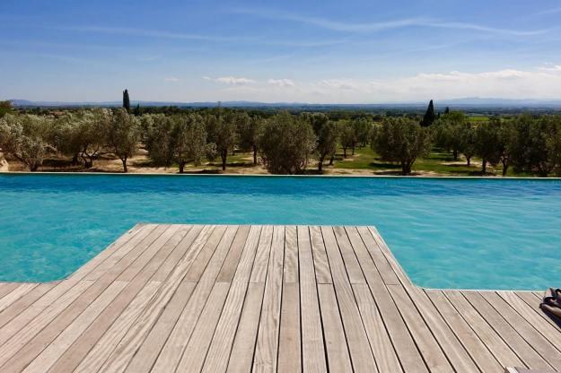 Mas Lazuli pool edge