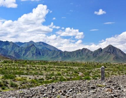 Ruta 40 Salta Argentina signpost