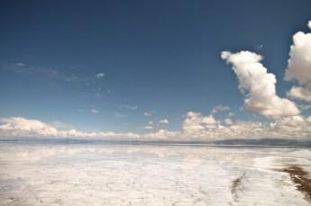 Salinas Grande Argentina cloud horizon