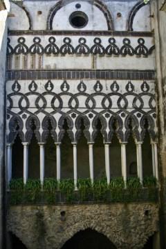 Ravello church columns