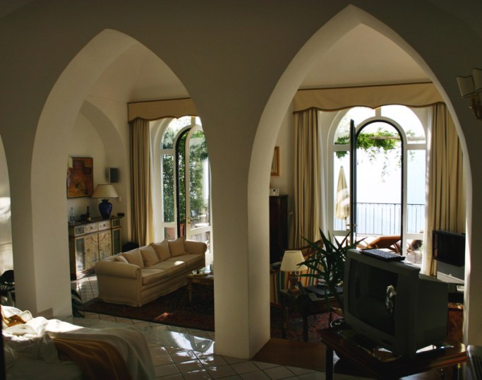Palazzo Avino Ravello suite bedroom windows