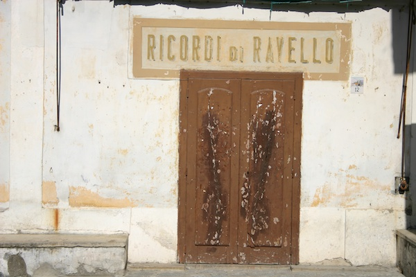Ravello storefront