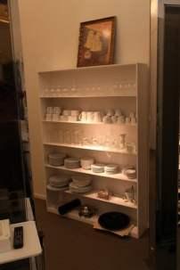 El Palauet Living kitchen plates