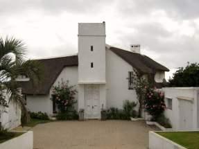 Jose Ignacio straw roof