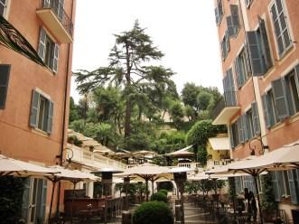 Hotel del Russie courtyard