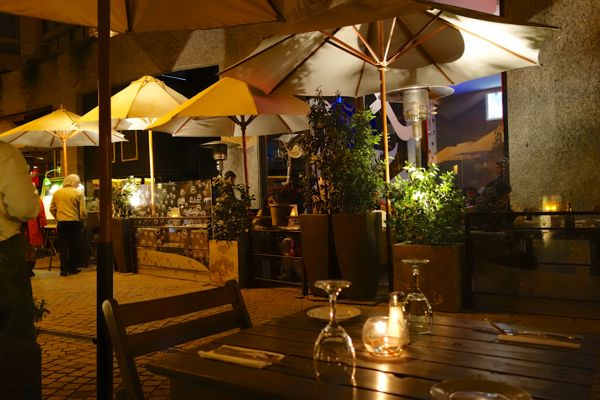 Barrio Lastraría dining table