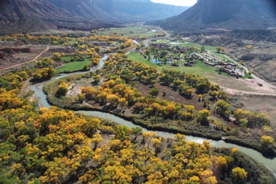 Gateway Canyons Resort helicopter view
