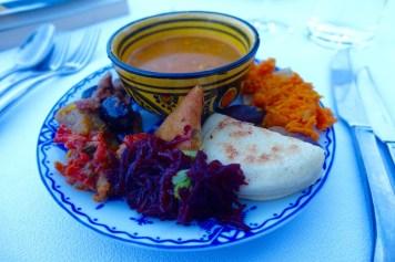 Kasbah Tamadot buffet