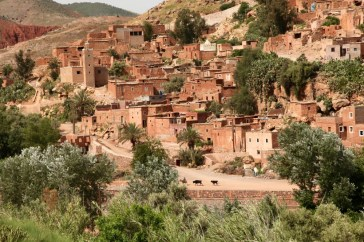 Road to Kasbah Tamadot