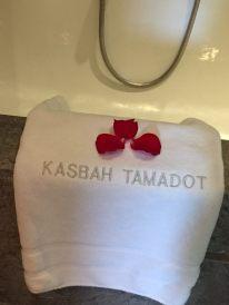 Kasbah Tamadot towels and roses
