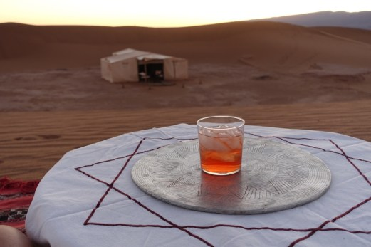Dar Ahlam Tent Camp negroni in the desert