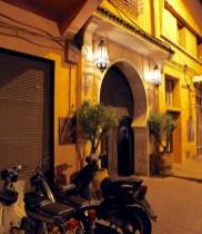 LA VILLA DES ORANGERS entranceway