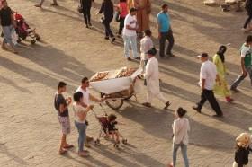 Jemaa el-Fnaa bread cart