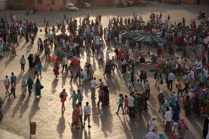 Jemaa el-Fnaa shadows